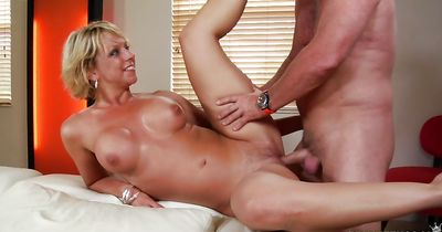 Pungent booty floosy Brianna Beach bangs with beefy bald fuck buddy